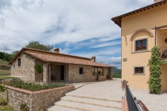 Holiday home Tuscany near Bibbiena and Arezzo with heated swimming pool 4 guests - Casa Girasole