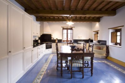 Borgo La Casa, Tuscany, holiday home Casa Giglio with swimming pool for 6 people with 3 double bedrooms and 3 bathrooms,